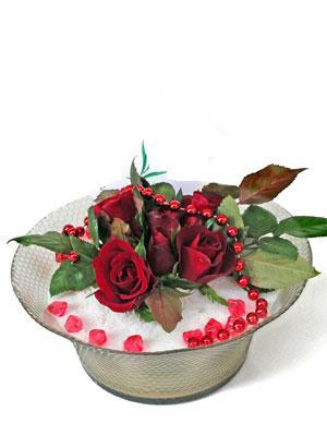 Karaman hediye sevgilime hediye çiçek  EN ÇOK Sevenlere 7 adet kirmizi gül mika yada cam tanzim