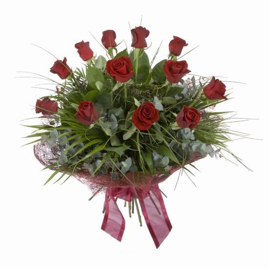 Etkileyici buket 11 adet kirmizi gül buketi  Karaman uluslararası çiçek gönderme