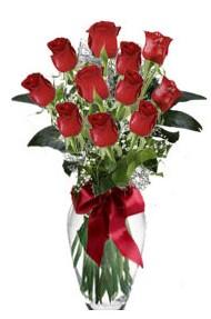 11 adet kirmizi gül vazo mika vazo içinde  Karaman güvenli kaliteli hızlı çiçek