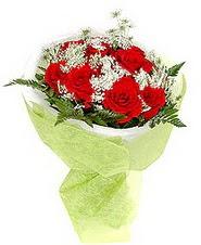 Karaman internetten çiçek siparişi  7 adet kirmizi gül buketi tanzimi