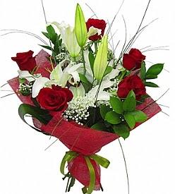 1 dal kazablanka 5 kırmızı gül buketi  Karaman çiçek yolla