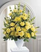 Karaman cicekciler , cicek siparisi  sari güllerden sebboy tanzim çiçek siparisi