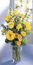 Karaman çiçek online çiçek siparişi  sari güller ve gerbera cam yada mika vazo