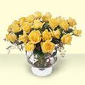 Karaman internetten çiçek satışı  11 adet sari gül cam yada mika vazo içinde
