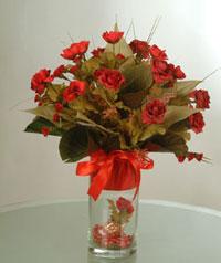 yapay güllerden vazo  9 gül  Karaman kaliteli taze ve ucuz çiçekler