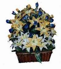 yapay karisik çiçek sepeti   Karaman çiçek siparişi sitesi