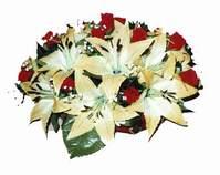yapay karisik çiçek sepeti   Karaman anneler günü çiçek yolla