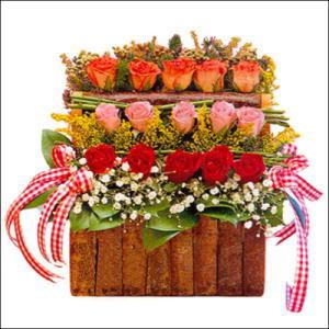 sandikta 3 kat güllerden   Karaman çiçek mağazası , çiçekçi adresleri