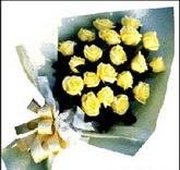 sari güllerden sade buket  Karaman internetten çiçek siparişi