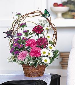 Karaman çiçek mağazası , çiçekçi adresleri  sepet içerisinde karanfil gerbera ve kir çiçekleri