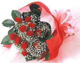12 adet kirmizi gül buketi  Karaman çiçek servisi , çiçekçi adresleri