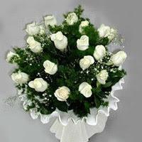 Karaman online çiçek gönderme sipariş  11 adet beyaz gül buketi ve bembeyaz amnbalaj