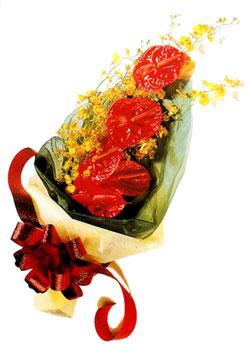 özel 5 adet antorium buketi   Karaman hediye çiçek yolla