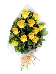 Karaman çiçek gönderme  12 li sari gül buketi.