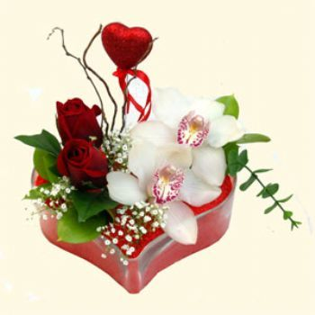 Karaman online çiçekçi , çiçek siparişi  1 kandil orkide 5 adet kirmizi gül mika kalp
