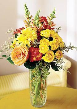 Karaman güvenli kaliteli hızlı çiçek  mika yada cam içerisinde karisik mevsim çiçekleri