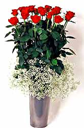 Karaman çiçek servisi , çiçekçi adresleri  9 adet kirmizi gül cam yada mika vazoda