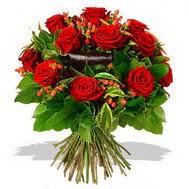 9 adet kirmizi gül ve kir çiçekleri  Karaman uluslararası çiçek gönderme