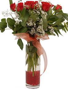 9 gül sevdiklerinize  Karaman çiçekçiler