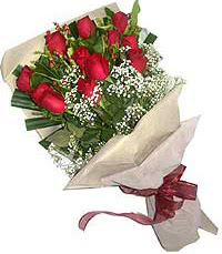 11 adet kirmizi güllerden özel buket  Karaman anneler günü çiçek yolla