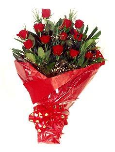 12 adet kirmizi gül buketi  Karaman 14 şubat sevgililer günü çiçek