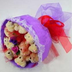 11 adet ayiciktan buket  Karaman anneler günü çiçek yolla