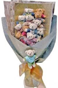 12 adet ayiciktan buket tanzimi  Karaman çiçek servisi , çiçekçi adresleri
