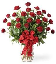 Sevgilime sıradışı hediye güller 24 gül  Karaman güvenli kaliteli hızlı çiçek