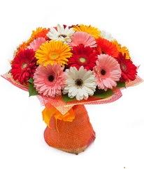 Renkli gerbera buketi  Karaman yurtiçi ve yurtdışı çiçek siparişi