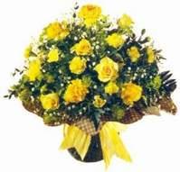 Karaman internetten çiçek siparişi  Sari gül karanfil ve kir çiçekleri