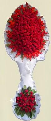 Çift katlı kıpkırmızı düğün açılış çiçeği  Karaman yurtiçi ve yurtdışı çiçek siparişi