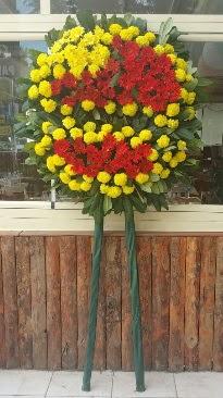 Cenaze çelengi çiçek modeli  Karaman çiçek gönderme sitemiz güvenlidir