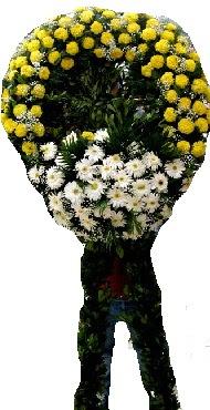 Cenaze çiçek modeli  Karaman anneler günü çiçek yolla