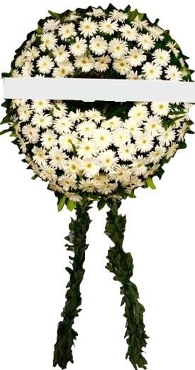 Cenaze çiçekleri modelleri  Karaman anneler günü çiçek yolla
