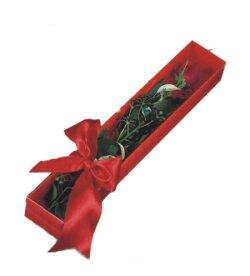 Karaman çiçek yolla , çiçek gönder , çiçekçi   tek kutu gül sade ve sik