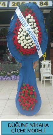 Düğüne nikaha çiçek modeli  Karaman çiçekçiler