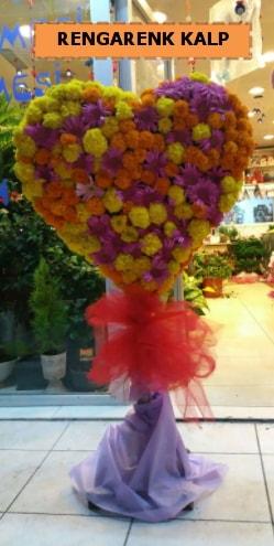 Ankara mevsim çiçeklerinden kalp perförje  Karaman internetten çiçek satışı