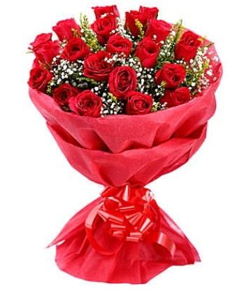 21 adet kırmızı gülden modern buket  Karaman çiçek siparişi sitesi