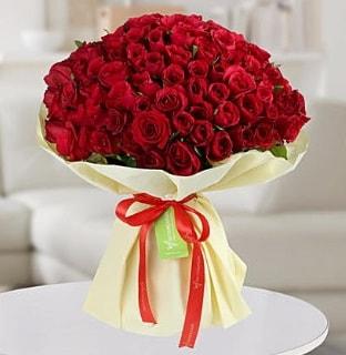101 adet kırmızı gül buketi koca demet  Karaman anneler günü çiçek yolla