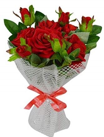 9 adet kırmızı gülden sade şık buket  Karaman internetten çiçek satışı
